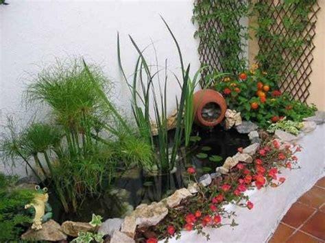 como decorar rincones pequeños jardines peque 241 os papel diseno casa
