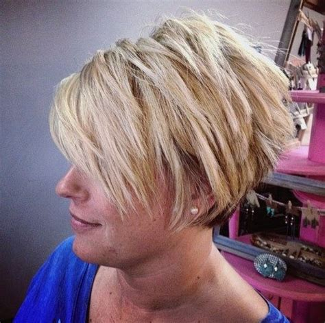 chopped in the back bob 25 best ideas about short choppy haircuts on pinterest