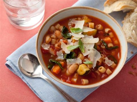 r beans vegetables minestrone soup with pasta beans and vegetables recipe