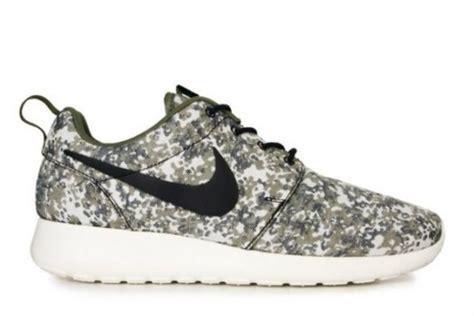 nike running shoes camo shoes camouflage nike running shoes nike roshe run