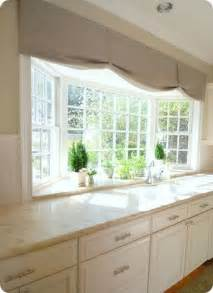 Bay Window Kitchen Ideas Best 25 Kitchen Bay Windows Ideas On Pinterest