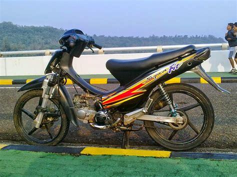 Supra Fit 2004 W Sidoarjo modifikasi motor honda supra fit 2004 terbaru otomotiva