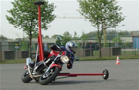 Motorrad Tauschen Ch by Motorrad Forum Diskutiere 252 Ber Motorr 228 Der Und Mehr