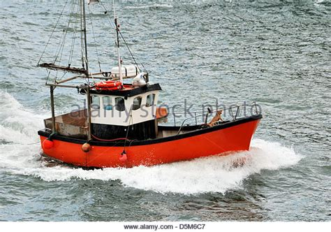 fishing boat rough sea fishing boat rough sea stock photos fishing boat rough