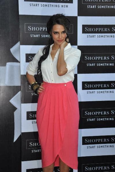 Sexy Gift Card - neha dhupia sexy pose at shoppers stop gift card launch neha dhupia launch of the