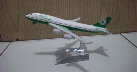 Miniatur Pesawat Citylink diecast miniatur pesawat evaair b747 400 diecast