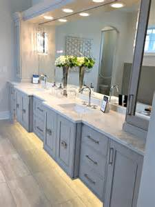 gray blue bathroom ideas best 25 gray bathrooms ideas on
