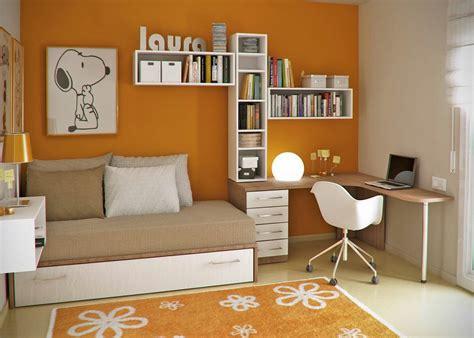 tata ruang belajar rumah sederhana kuning