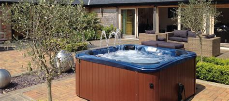Cottages Cotswolds Tub cottages with tubs in the cotswolds homeaway