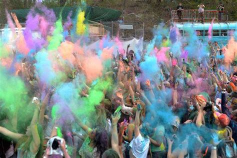 festival of colors nyc giveaway festival of colors brings holi to nyc daily beat