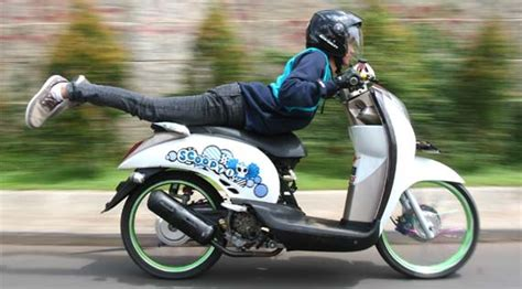 Lu Motor Scoopy modifikasi honda scoopy barsaxx speed concept