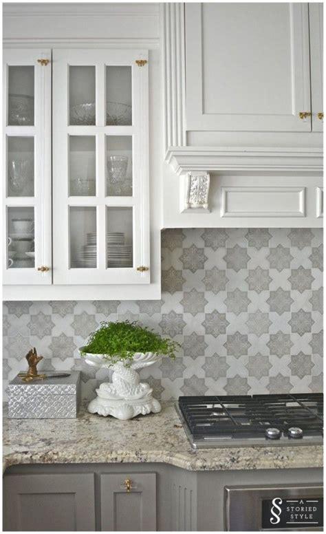 backsplash ideas for gray cabinets best 25 kitchen backsplash ideas on