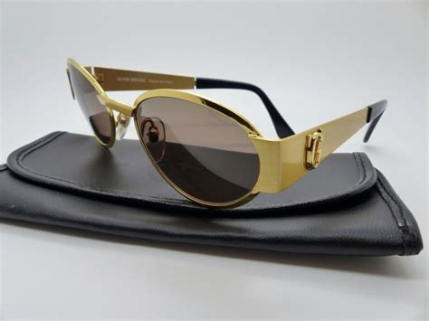 Kate Immortalized In Type by Best 25 Versace Sunglasses Ideas On Versace