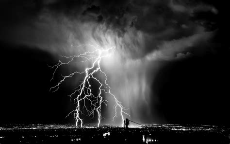 lightning layout definition android wallpaper a storm is coming
