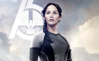 Jennifer lawrence in the hunger games catching fire wide