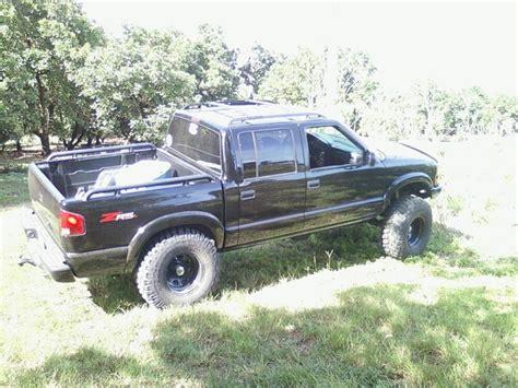 s10 bed alexzr5 2003 chevrolet s10 crew cabls pickup 4d 4 1 2 ft