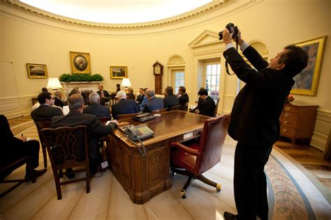 inside the oval office the president s photographer 50 years inside the oval