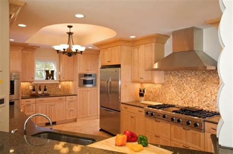 Light Maple Kitchen Light Maple Kitchen Cabinets Classic Kitchens And Interiors Custom Kitchen Cabinets