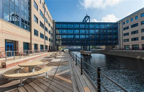 Apartment Dock Liverpool 2 Bedroom Apartment To Rent In The Keel 20 Parade