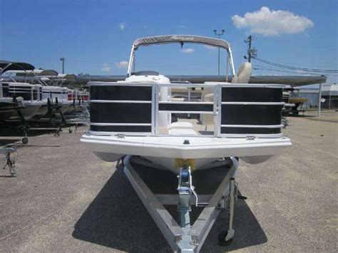 boat dealers dothan al 2016 new hurricane boats fd 196f ob deck boat for sale