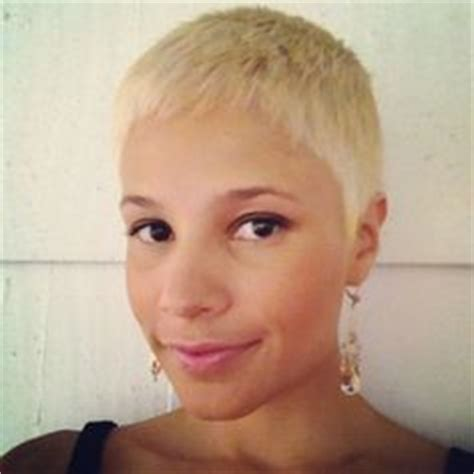 short hair styles for growing out post chemo 1000 images about during post chemo hair ideas on