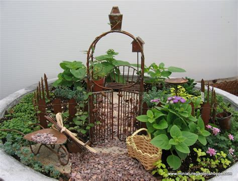 Miniature Garden Inspiration Gallery Nanuca S Blog Miniature Gardens Ideas