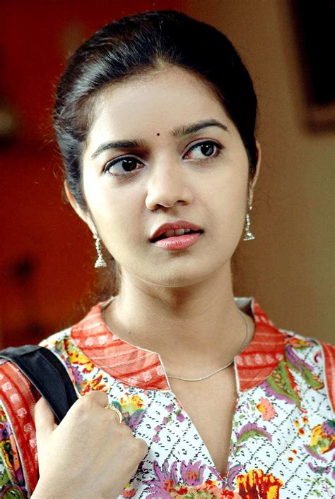 actress tamil photo gallery swathi stills tamil actress