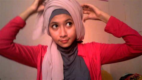 tutorial hijab pashmina riksa fitri hijab segi empat simple kreasi belle triangle by riksa