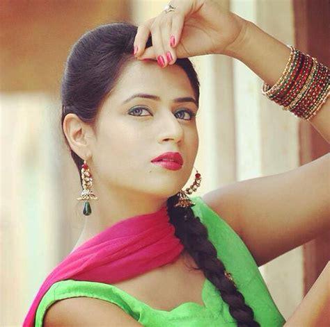 punjabi film industry actresses meet oshin brar a new beautiful punjabi actress in the