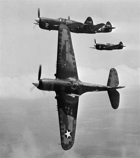 File:Curtiss P-40Fs near Moore AAF 1943.jpg - Wikipedia P 40 Warhawk