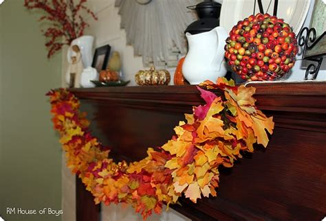 home made fall decorations diy ideas for decorating with fall leaves leaf garland diy fall2