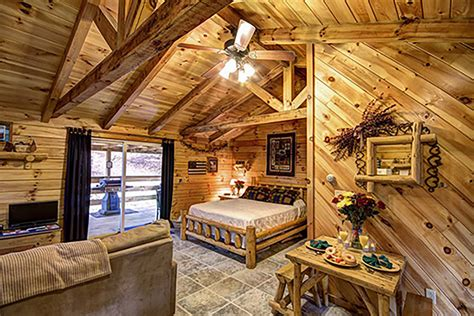 Pet Friendly Cabins Ohio by American Hollow 9 Pet Friendly Cabin At Getaway Cabins