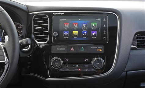 mitsubishi outlander 2017 interior 2017 mitsubishi outlander gt interior view headunit and