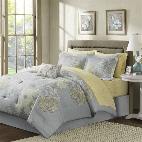 maltese coverlet sets maltese coverlet 14 images repweaver wee coverlets