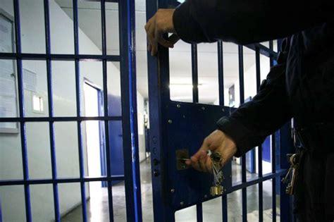 casa circondariale di parma garante in visita al carcere di parma 650 detenuti