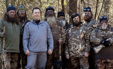 Duck Commander Devotional alan robertson duck dynasty cast shares the gospel in