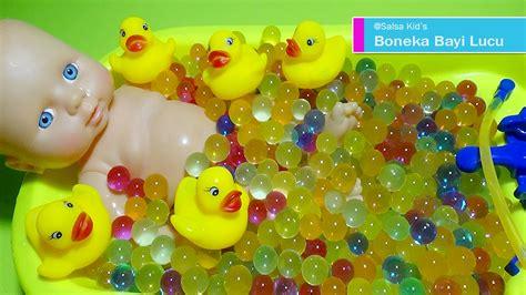 Bathtime Squirtees Playgro Mainan Mandi Bayi boneka bayi mandi bola jelly bersama bebek baby doll bath time with duck