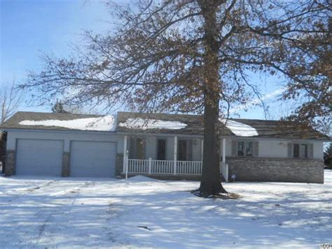 5638 johnson dr hutchinson kansas 67502 detailed