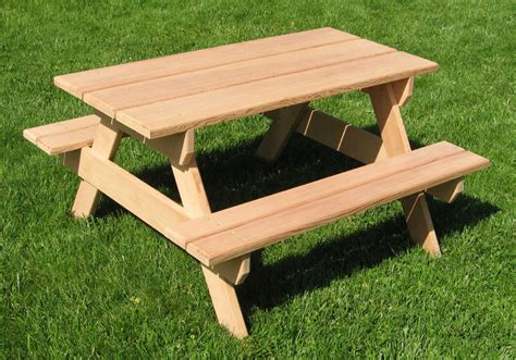 Childrens Picnic Tables by How To Build A Picnic Table What Do I Need To Paint