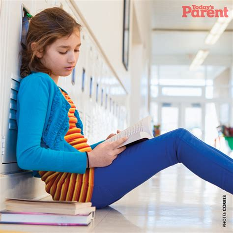 stop preteen com not fitting in how to help your kid
