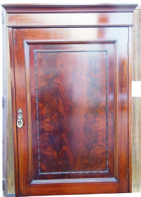 kleiderschrank mahagoni schmaler englischer kleiderschrank mahagoni um 1890 1900