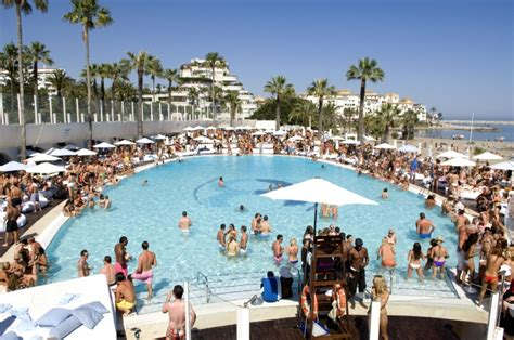 Ocean Club Champagne Party