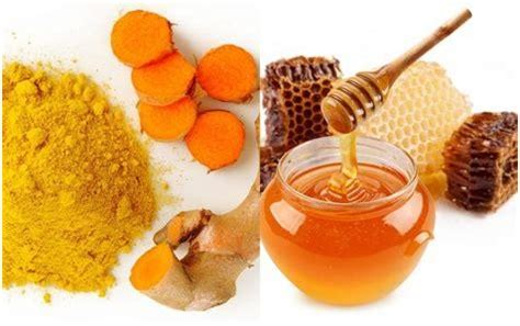 dapatkan manfaat kunyit  madu  masker alami
