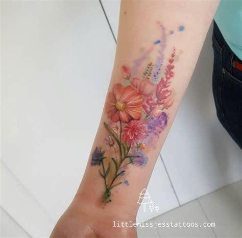 bouquet tattoo designs best 25 bouquet ideas on flower