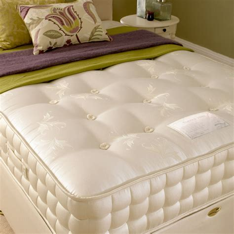 2000 Pocket Sprung Mattress Reviews by Buy A Deluxe Beds 2000 Pocket Sprung Mattress