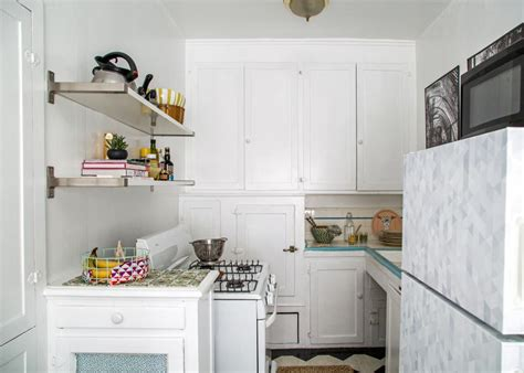 How To Decorate A Rental Kitchen by 6 Stylish Updates That Can Be Made In A Rental Kitchen Hgtv