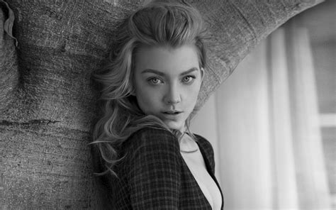 natalie dormer wallpaper hd natalie dormer wallpapers hd wallpapers home