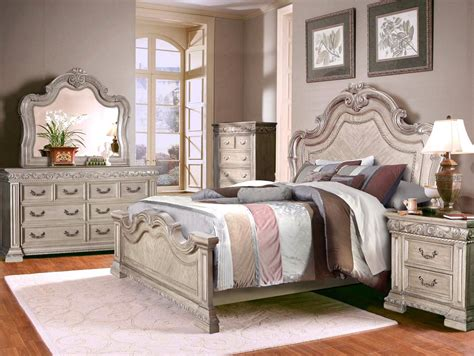 vintage white bedroom furniture valentine antique style 4 pc queen bedroom set in antique
