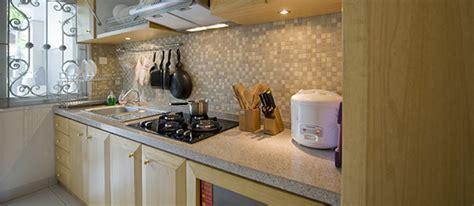 Mozaik Dinding Dapur maksimalkan dinding kitchen set agar dapur lebih menarik