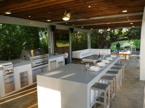 BBQ Islands Miami   The Patio District